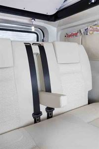 Rear seats, with armrest