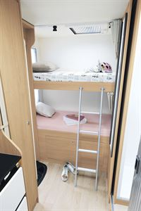 Bunk beds in the Itineo SB700 motorhome