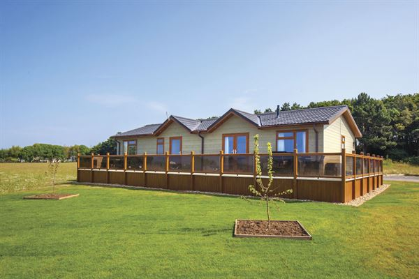 A lodge at Searles Leisure Resort