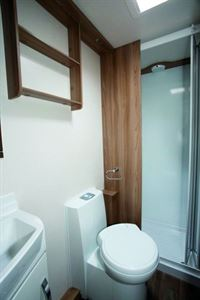 Sprite Super Quattro FB washroom