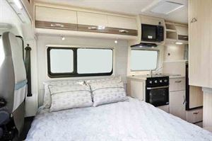 At night, the loune converts to a transverse double bed...