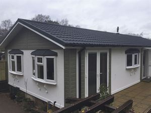 The Prestige Ultimate Metro tiled roof with feature apex