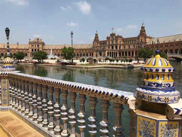 Plaza de Espana in Seville - picture courtesy of Paul Knight