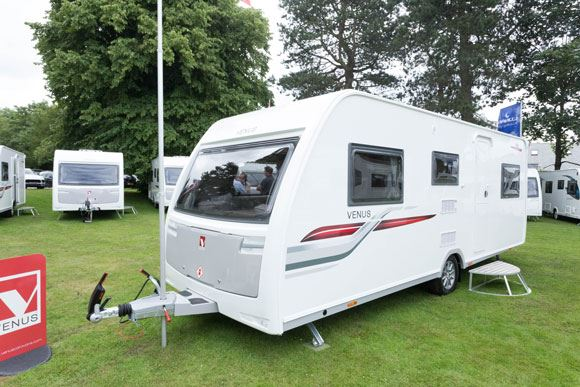 Venus 590/6 Best Family Lightweight Caravan 2017