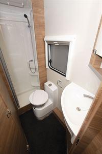 The washroom in the Weinsberg CaraCore 650 MF