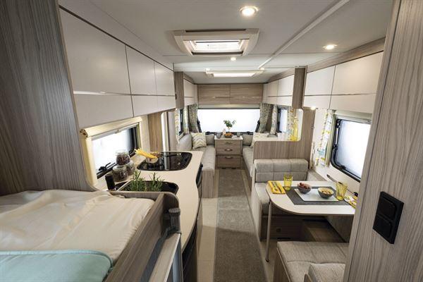Xplore 586 caravan