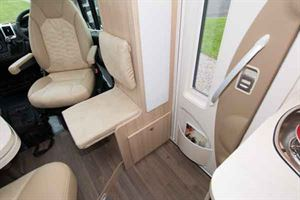 An extra side-facing jump seat is included