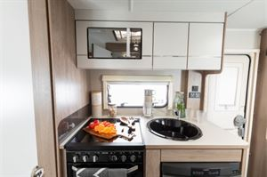 Compass Casita 454 kitchen