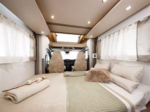 Benimar Tessoro 487 lounge double bed