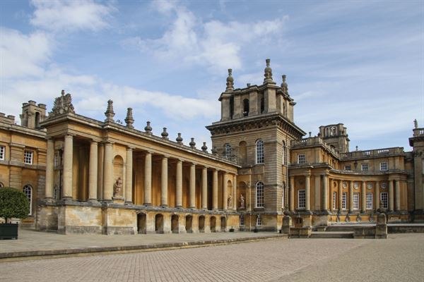 Blenheim Palace (IMAGE credit Wolfgang Claussen from Pixabay)