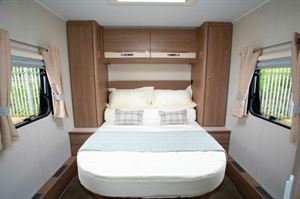 Compass Capiro 550 bedroom