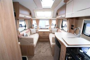 Compass Capiro 550 living space