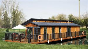 The Floating Lodge Company's new holiday home are in Devises' Marina