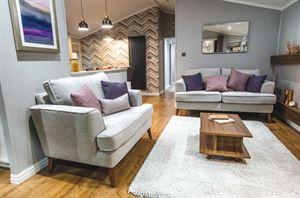 Tingdene's Forest Grove lounge