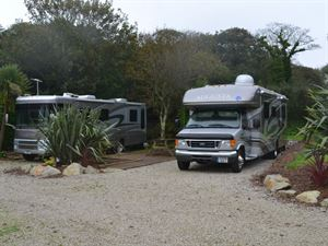 Geared around the RV scene, site also takes European vehicles