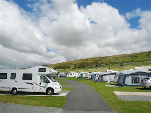 Trawsdir is in the Snowdonia National Park, with views to Cardigan Bay