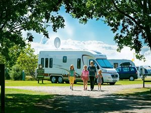A family friendly site taking caravans and motorhomes