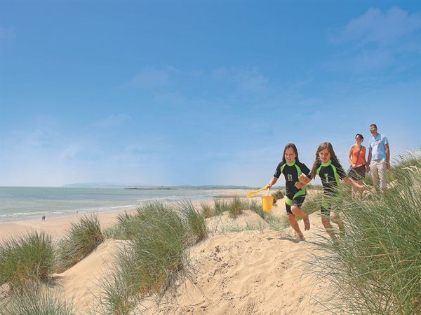 Campsites In East Sussex Rye Camber Sands Holiday Park Uk Campsite Finder Out And About Live