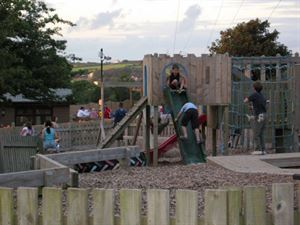 Fort style play area will keep the kid's amused