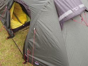 Lightweight tent ventilation
