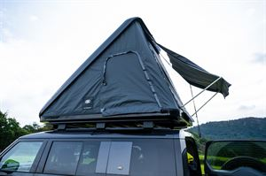 Land Rover Defender roof tent open