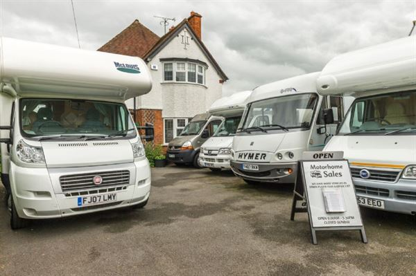 five reasons to sell to a motorhome dealer practical advice motorhomes campervans out. Black Bedroom Furniture Sets. Home Design Ideas