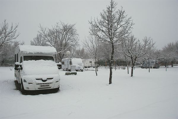 Prepare your motorhome for winter: A beginner's guide