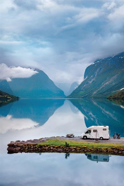 Camping with caravans