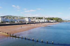 Teignmouth beach. Image: Pixabay
