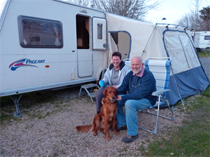 How to keep your dogs happy on a caravan holiday