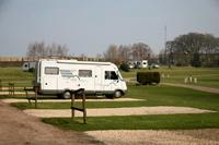 Donington Park Farmhouse Hotel & Caravan Park