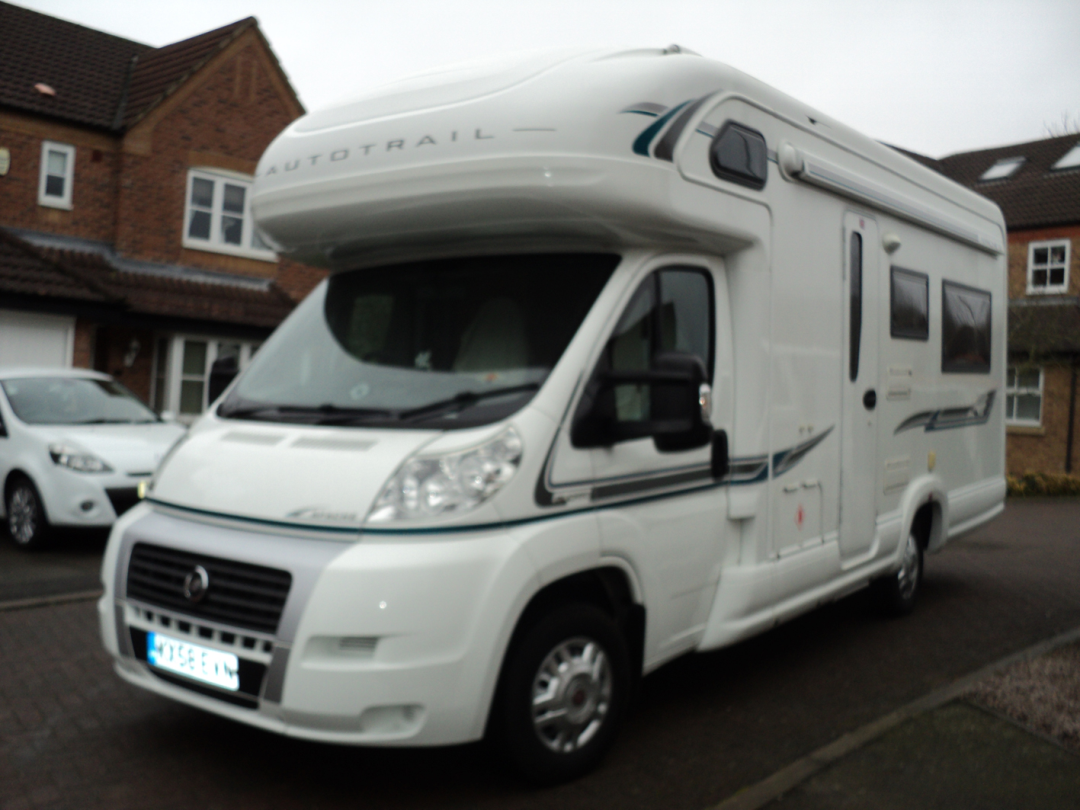Rear Lounge Motorhome Layouts Buyers Guide New Used