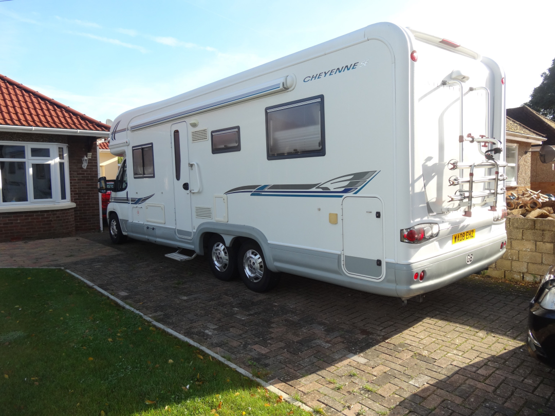 Motorhomes for sale new used motorhome campervan for Used small motor homes